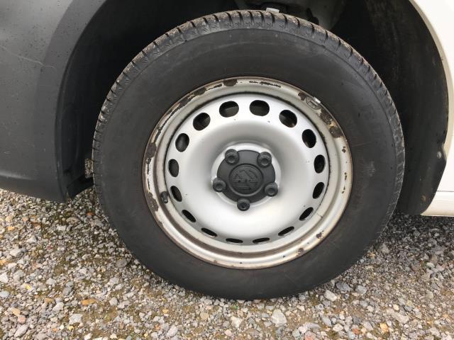 2017 Volkswagen Caddy  2.0 102PS BLUEMOTION TECH 102 STARTLINE EURO 6 (GC17YGM) Image 31