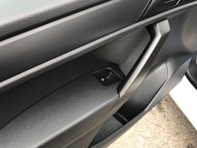 2017 Volkswagen Caddy 2.0 Tdi Bluemotion Tech 102Ps Startline Van Euro 6 (GC17YGV) Image 30