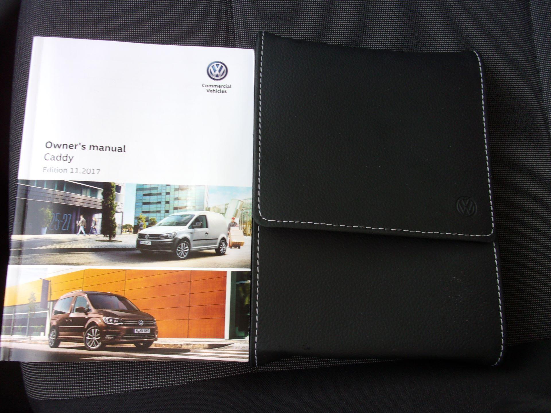 2018 Volkswagen Caddy Maxi C20 2.0 TDI 102PS BMT STARTLINE VAN EURO 6 (GC18CKP) Image 22