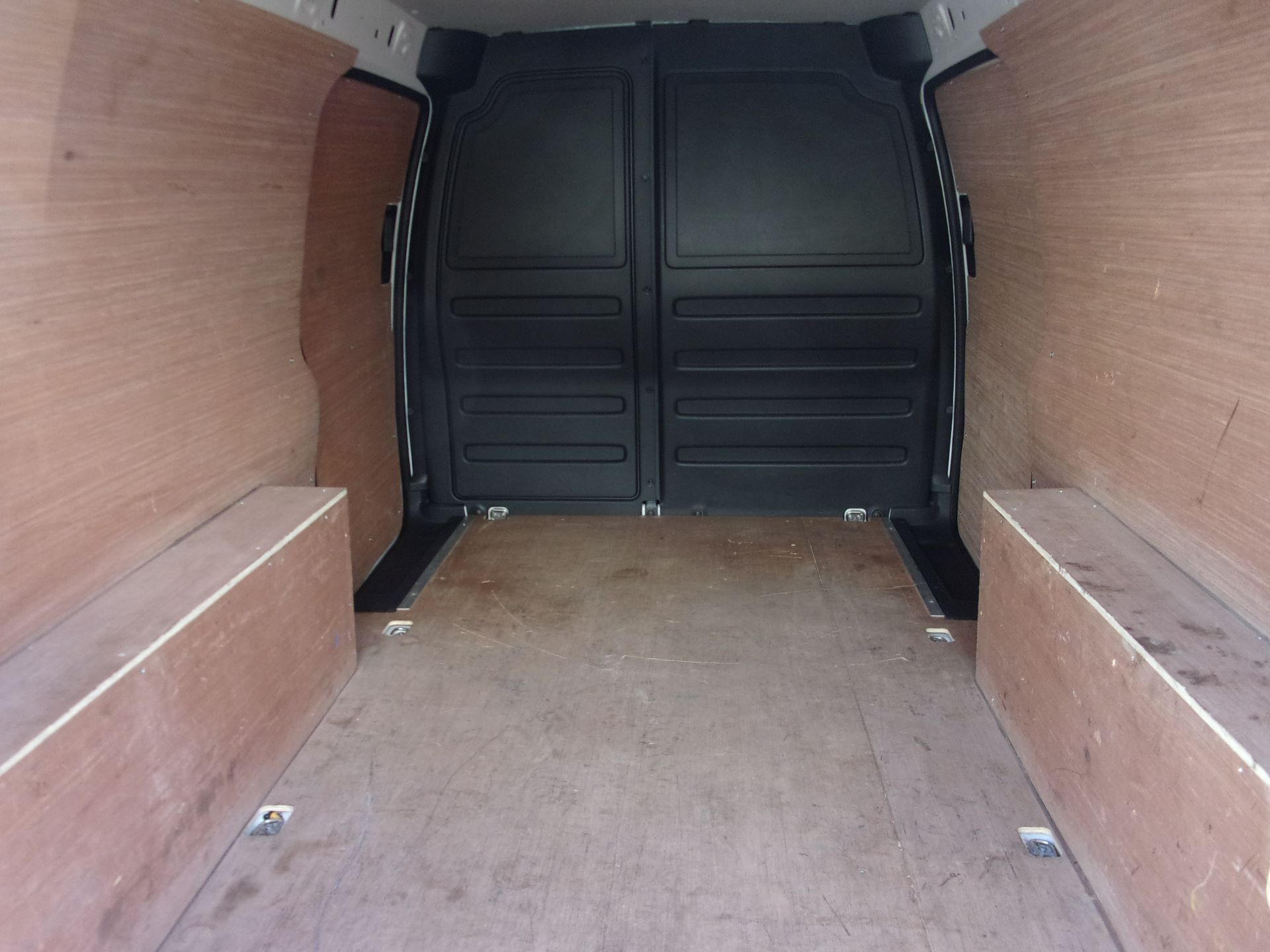 2018 Volkswagen Caddy Maxi C20 2.0 TDI 102PS BMT STARTLINE VAN EURO 6 (GC18CKP) Image 19