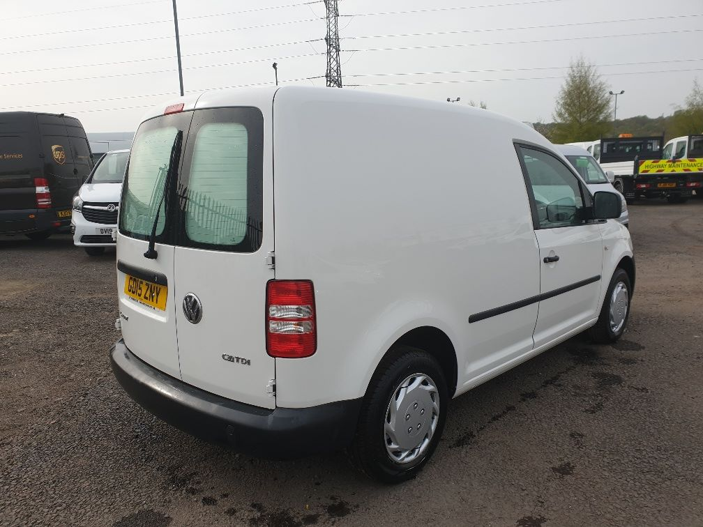 2015 Volkswagen Caddy 1.6 75PS STARTLINE EURO 5 (GD15ZNY) Image 12