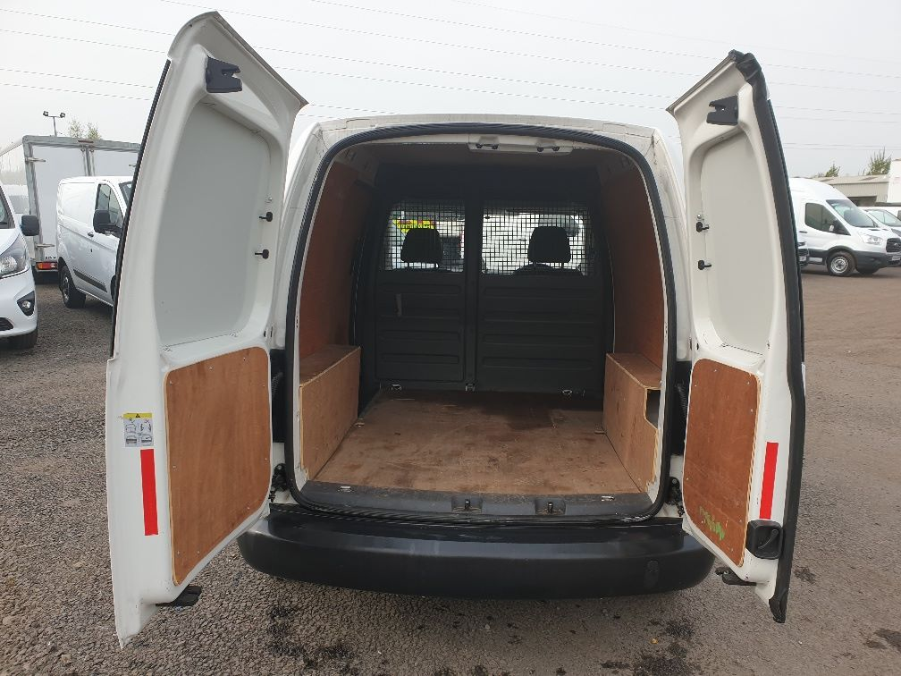 2015 Volkswagen Caddy 1.6 75PS STARTLINE EURO 5 (GD15ZNY) Image 11