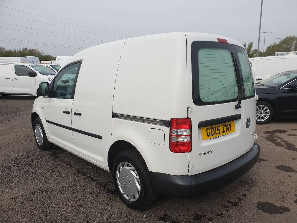 2015 Volkswagen Caddy 1.6 75PS STARTLINE EURO 5 (GD15ZNY) Image 8
