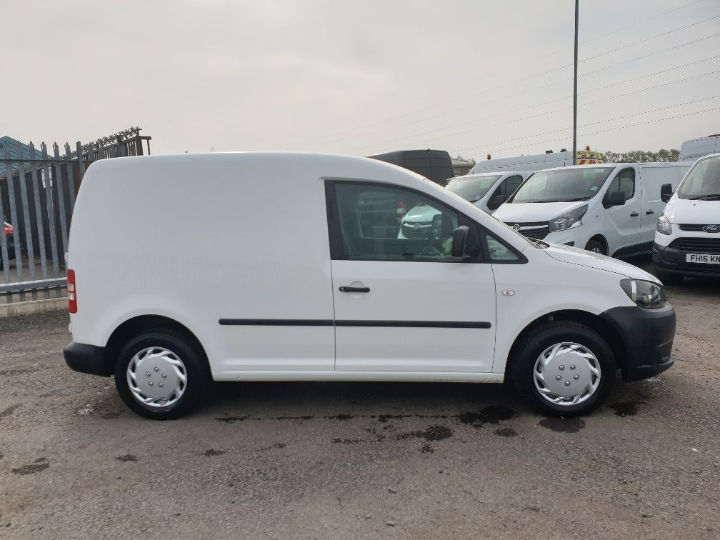 2015 Volkswagen Caddy 1.6 75PS STARTLINE EURO 5 (GD15ZNY) Image 13