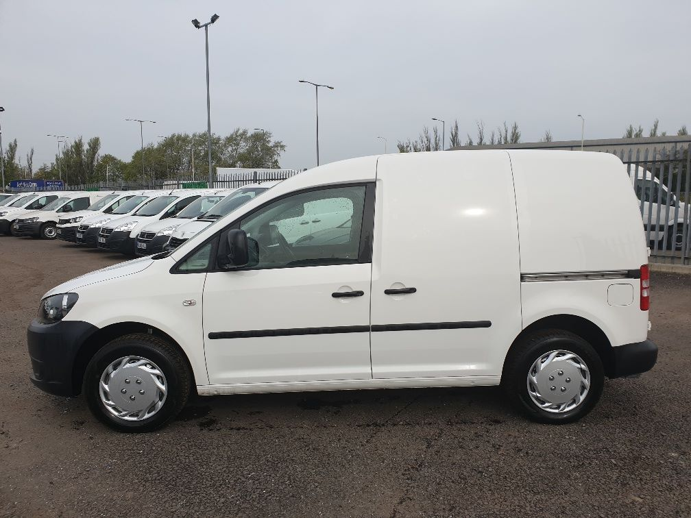 2015 Volkswagen Caddy 1.6 75PS STARTLINE EURO 5 (GD15ZNY) Image 4