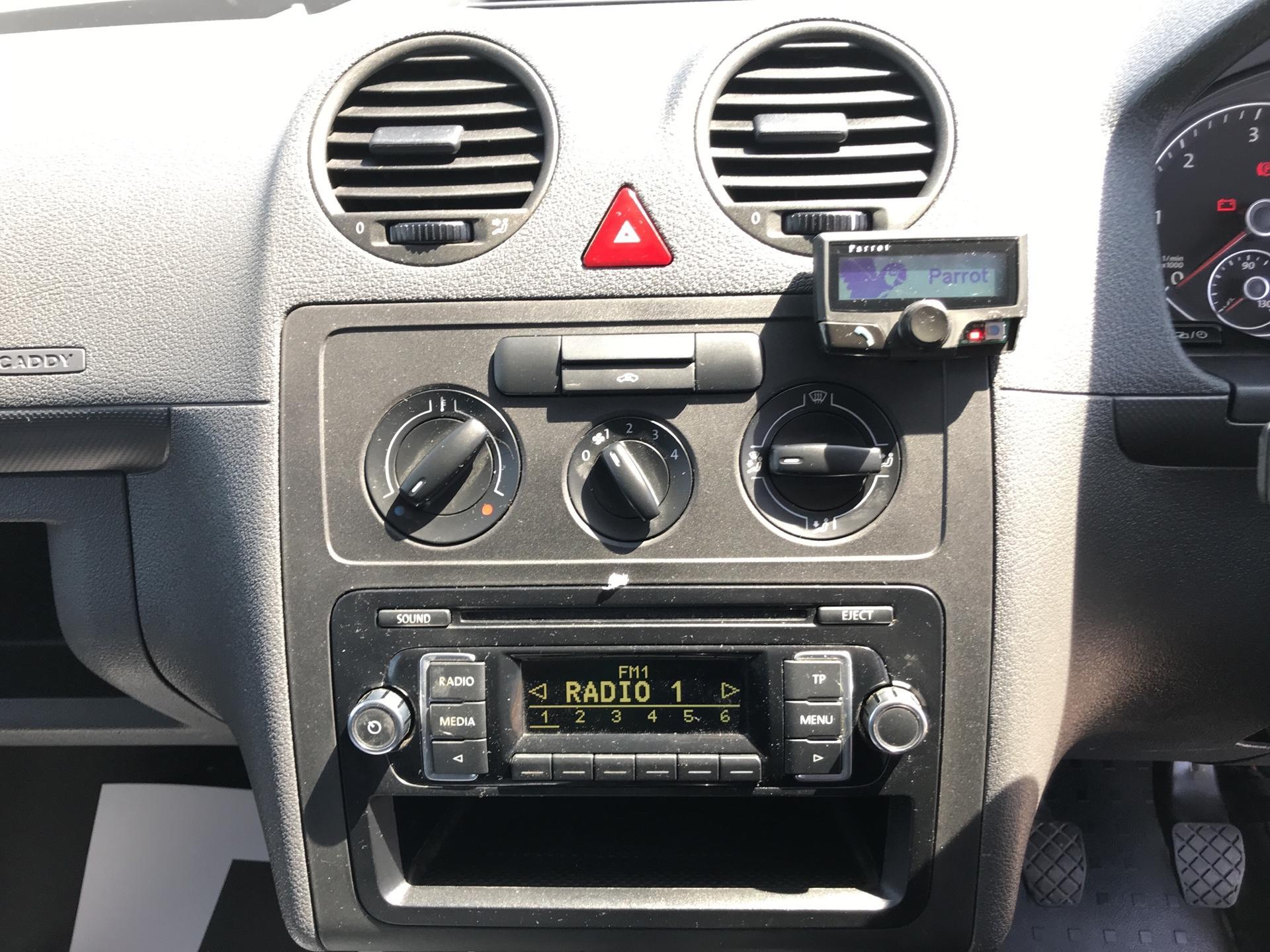 2016 Volkswagen Caddy MAXI 1.6 102PS STARTLINE EURO 5 (GD16FEM) Image 10