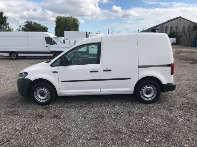 2016 Volkswagen Caddy  2.0 102PS BLUEMOTION TECH 102 STARTLINE EURO 6 (RESTRICTED TO 70MPH) (GD16NXE) Image 7