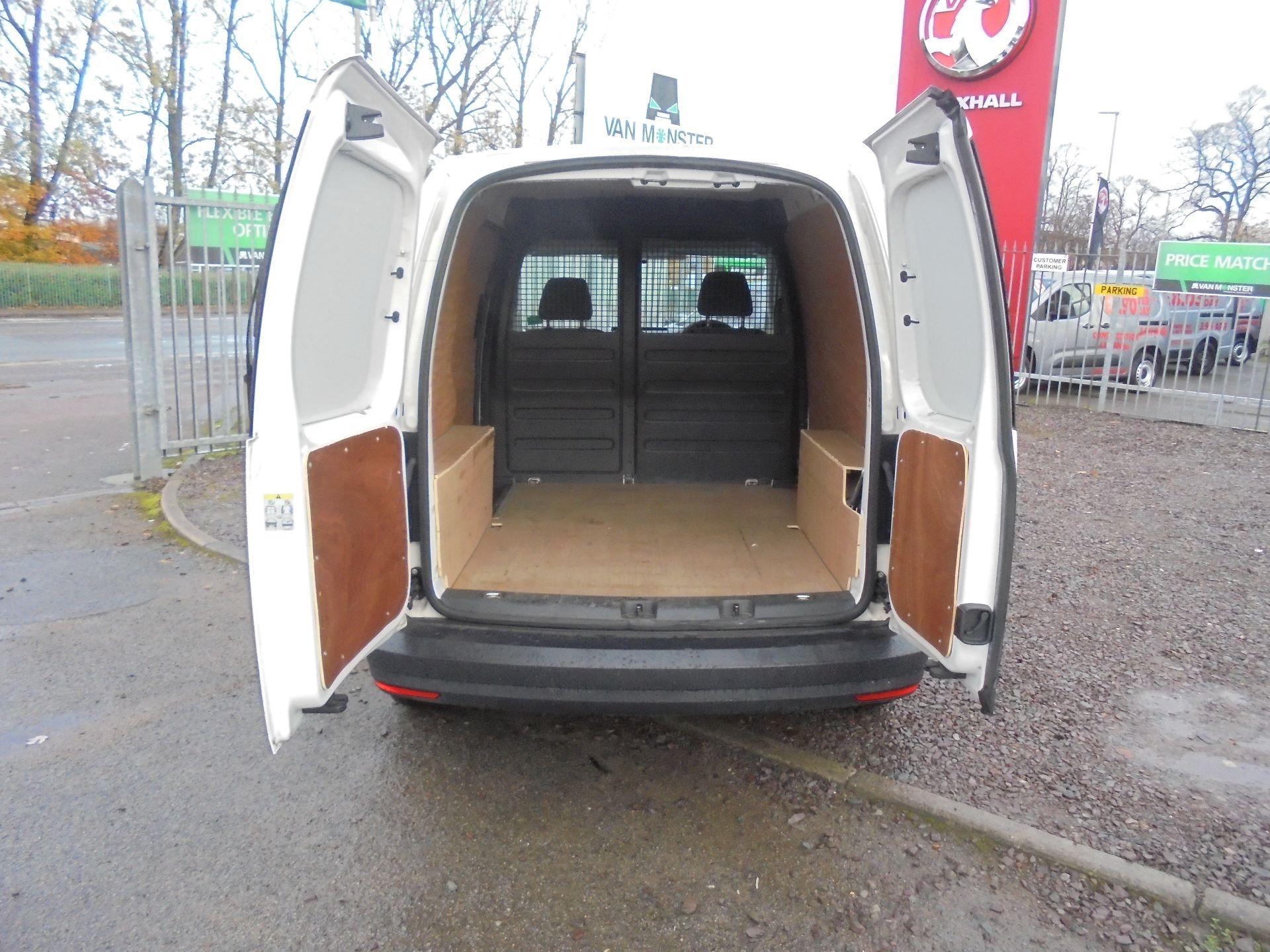 2016 Volkswagen Caddy 2.0 102PS BLUEMOTION TECH 102PS STARTLINE EURO 6 (GD16PXB) Image 6