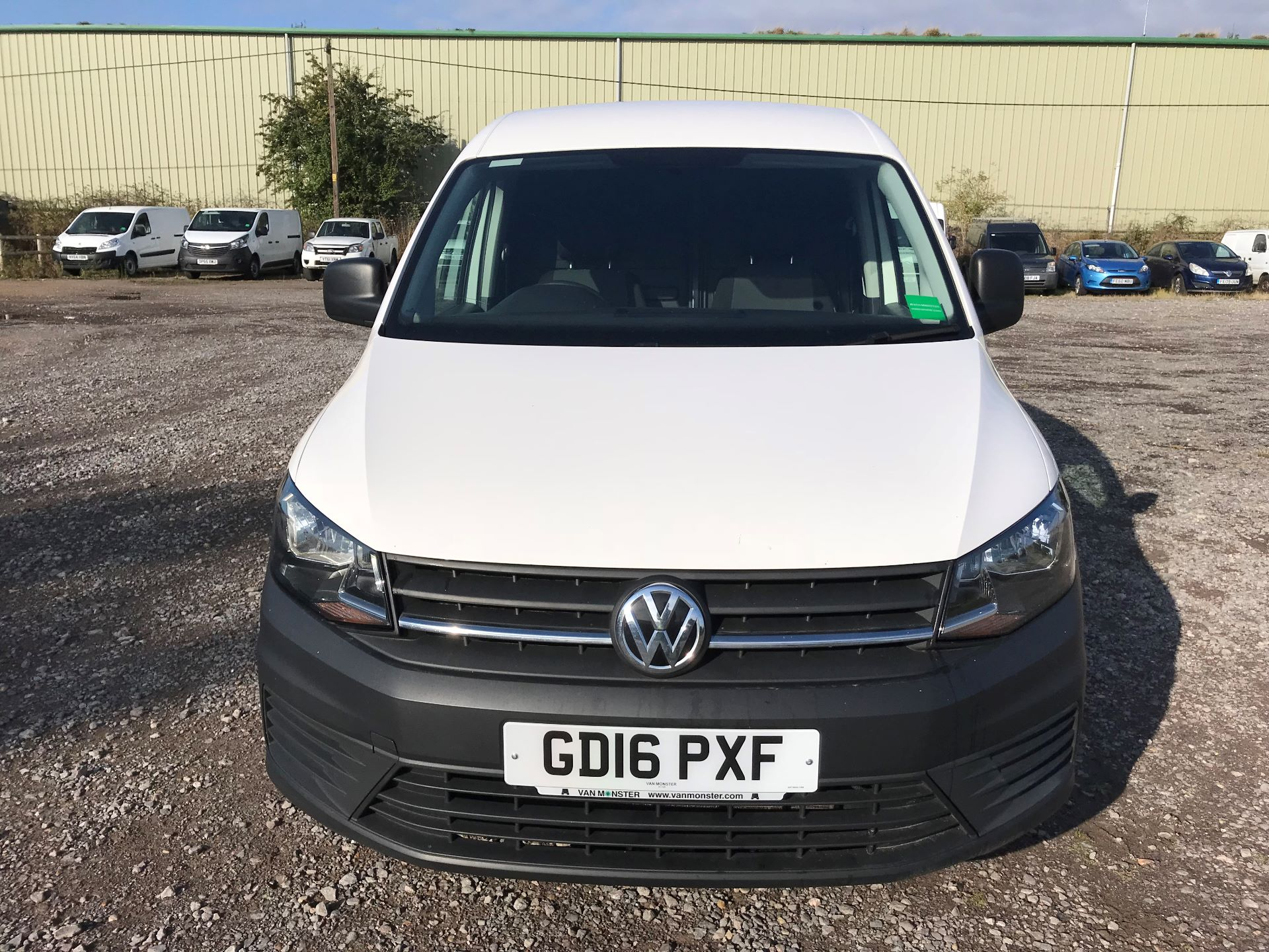 2016 Volkswagen Caddy  2.0 102PS BLUEMOTION TECH 102 STARTLINE EURO 6 (GD16PXF) Image 2