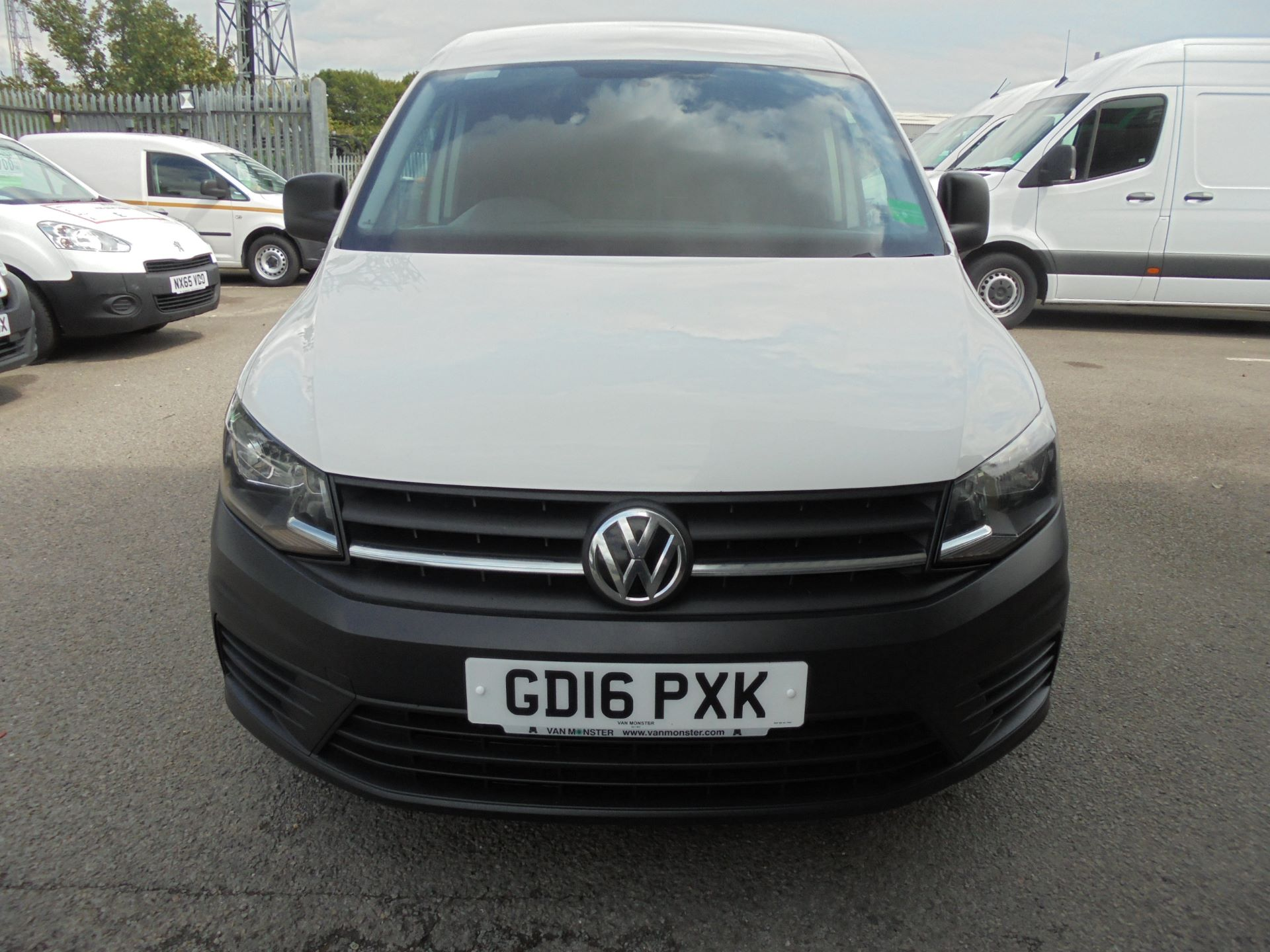 2016 Volkswagen Caddy  2.0 102PS BLUEMOTION TECH 102 STARTLINE EURO 6 (GD16PXK) Image 8