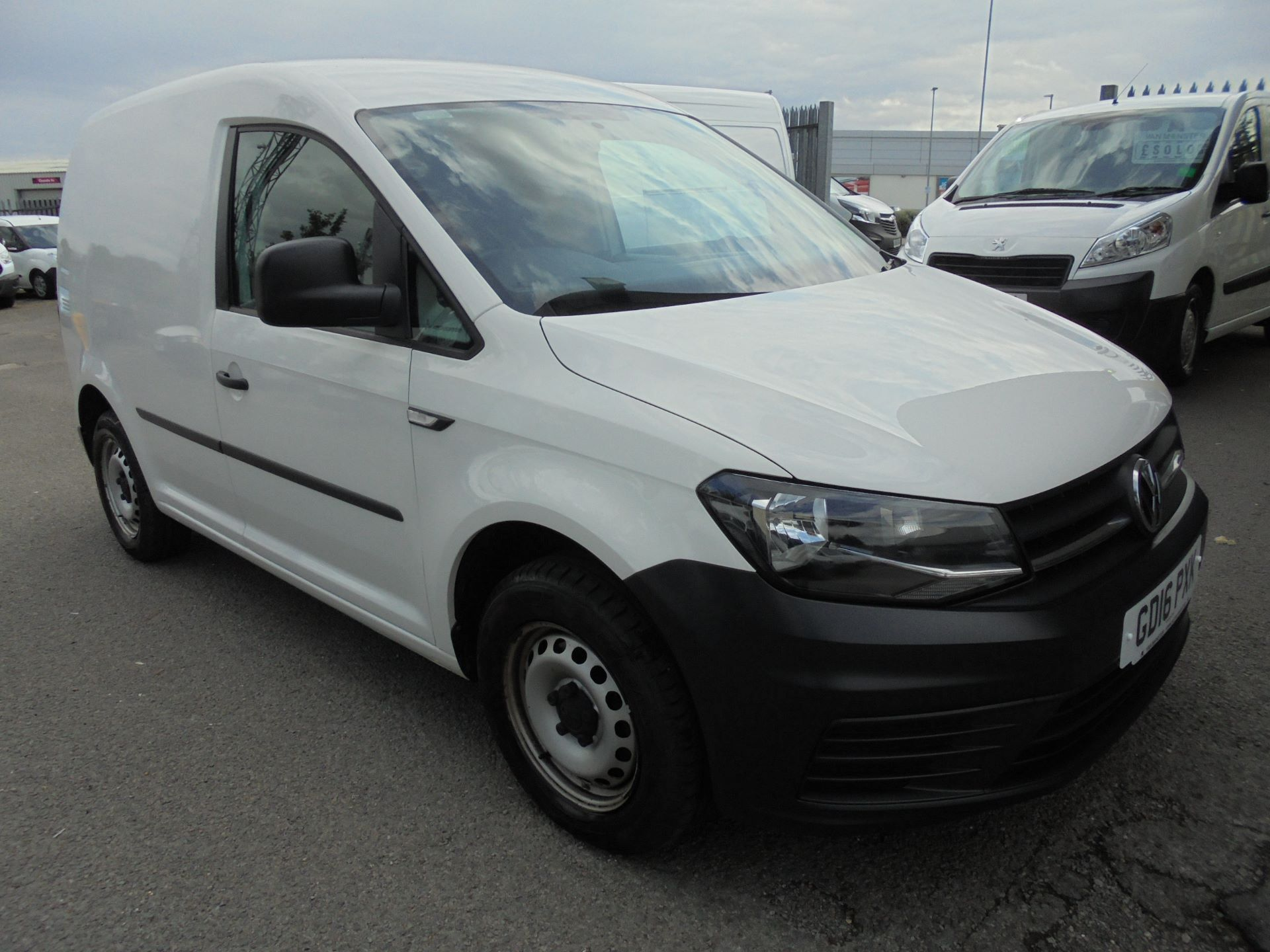 2016 Volkswagen Caddy  2.0 102PS BLUEMOTION TECH 102 STARTLINE EURO 6 (GD16PXK) Image 1