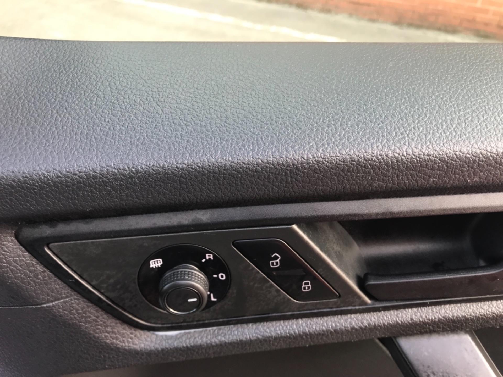 2017 Volkswagen Caddy 2.0 Tdi Bluemotion Tech 102Ps Startline Van Euro 6 (GD17ERZ) Image 15