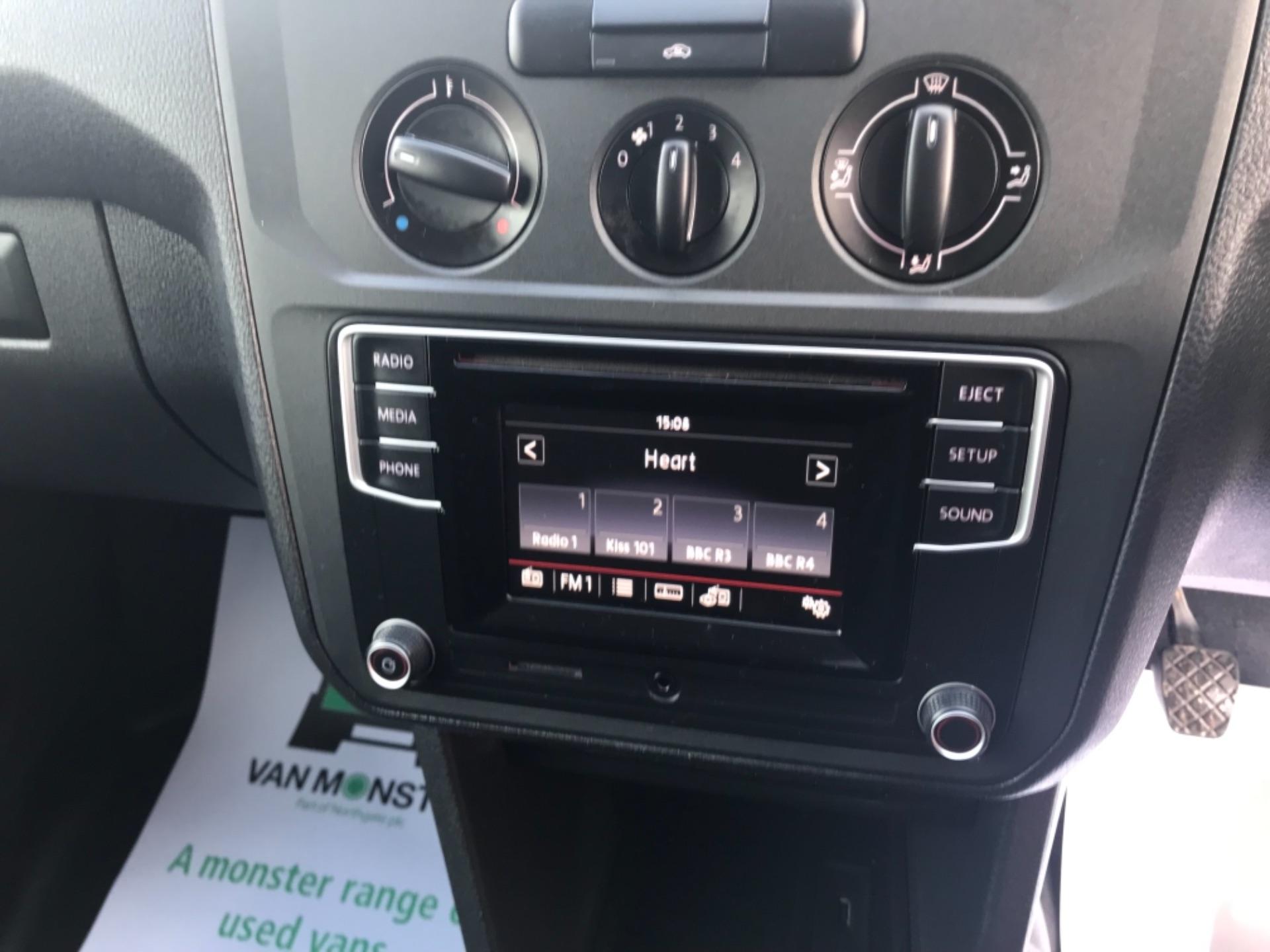 2017 Volkswagen Caddy 2.0 Tdi Bluemotion Tech 102Ps Startline Van Euro 6 (GD17ERZ) Image 13