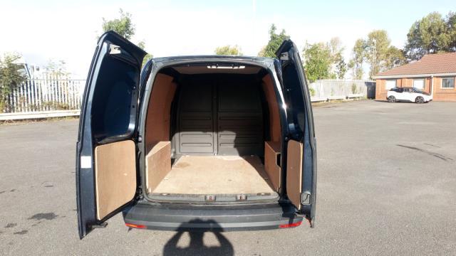 2017 Volkswagen Caddy 2.0 Tdi Bluemotion Tech 102Ps Startline Van (GD17ETR) Image 10
