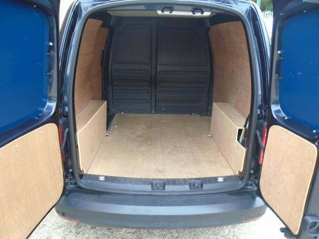 2017 Volkswagen Caddy 2.0 Tdi Bluemotion Tech 102Ps Startline Van (GD17EUT) Image 12