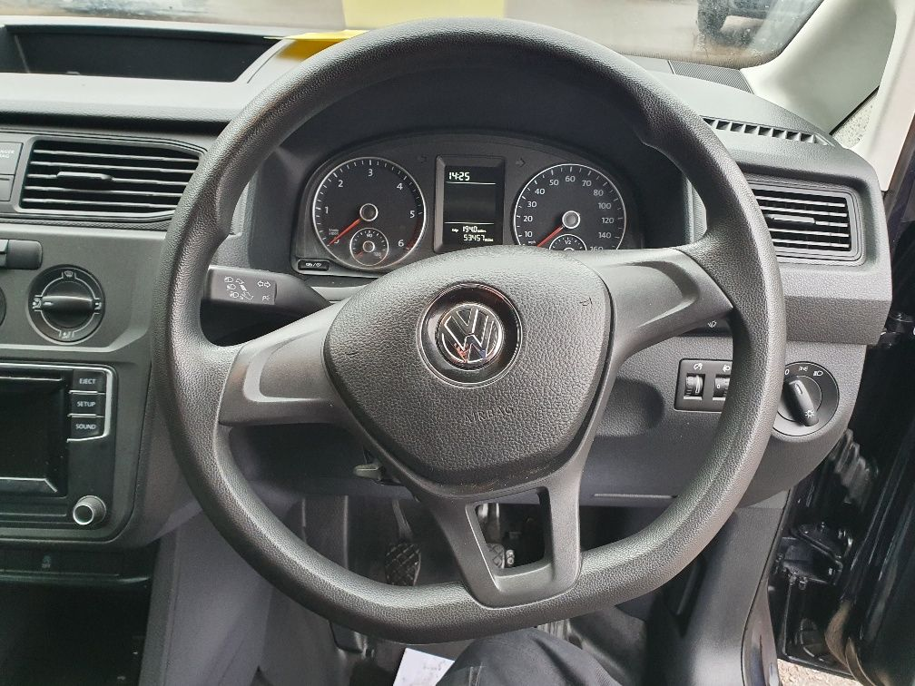 2017 Volkswagen Caddy 2.0 Tdi Bluemotion Tech 102Ps Startline Van (GD17EUZ) Image 9
