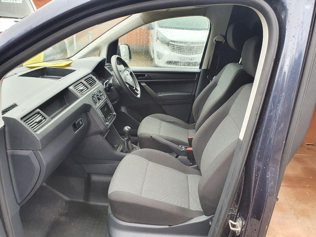 2017 Volkswagen Caddy 2.0 Tdi Bluemotion Tech 102Ps Startline Van (GD17EUZ) Image 15