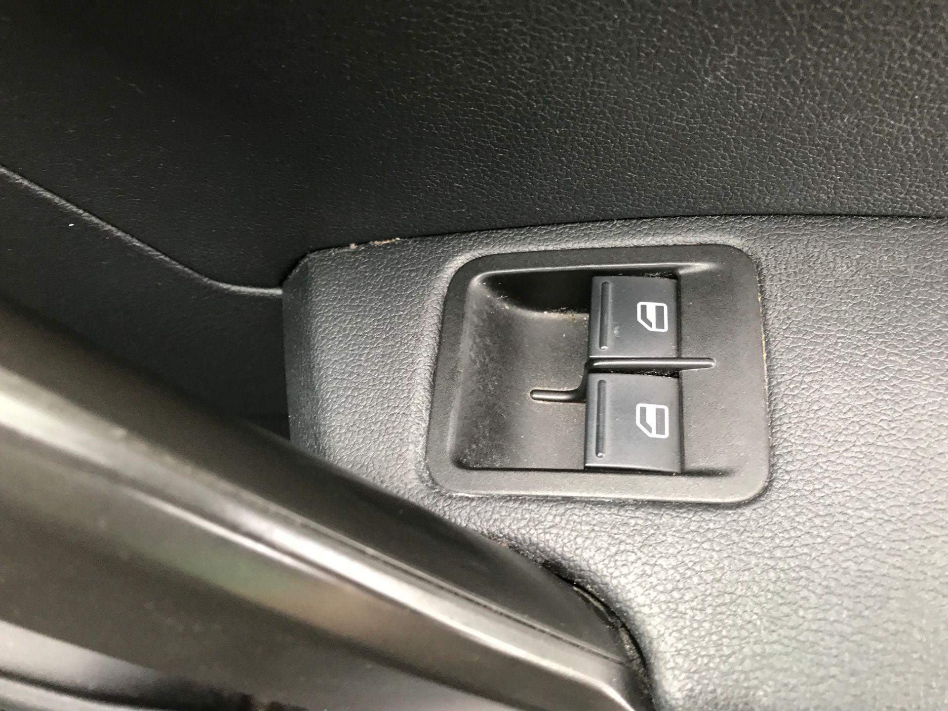 2017 Volkswagen Caddy 2.0 Tdi Bluemotion Tech 102Ps Startline Van Euro 6 (GD17EVJ) Image 26