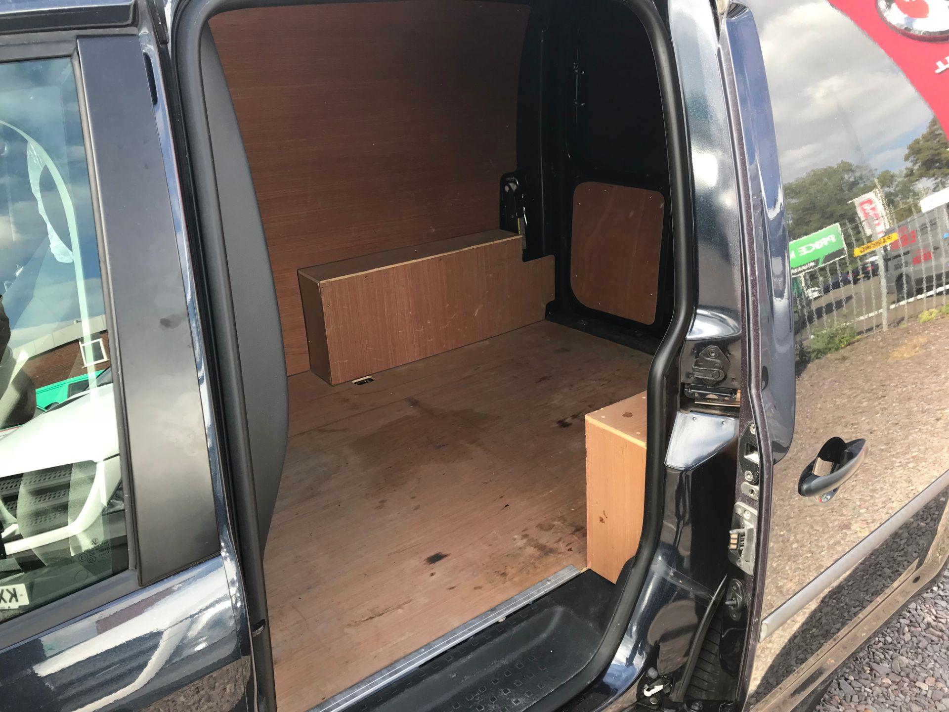 2017 Volkswagen Caddy 2.0 Tdi Bluemotion Tech 102Ps Startline Van Euro 6 (GD17EVJ) Image 20