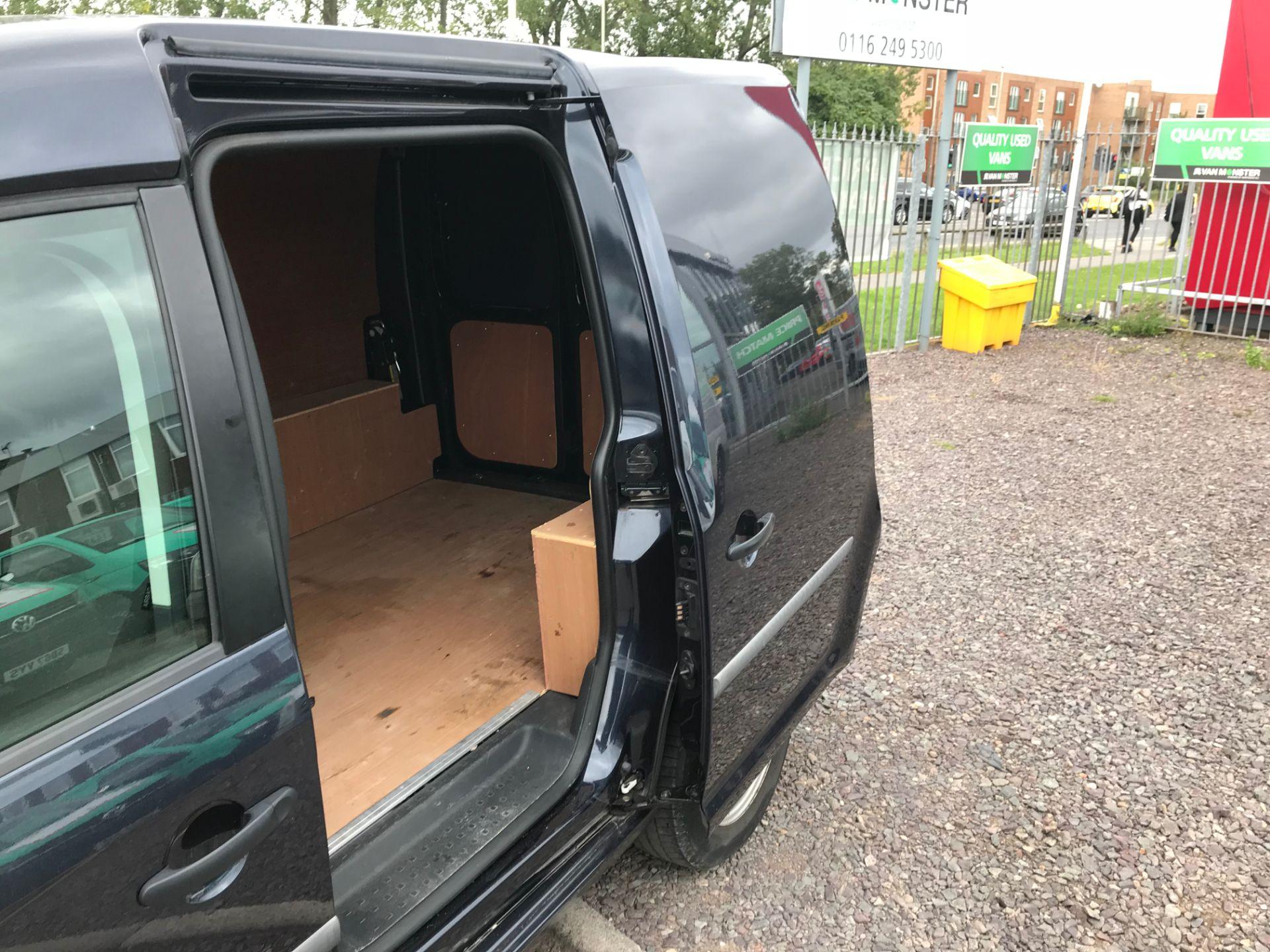 2017 Volkswagen Caddy 2.0 Tdi Bluemotion Tech 102Ps Startline Van Euro 6 (GD17EVJ) Image 21