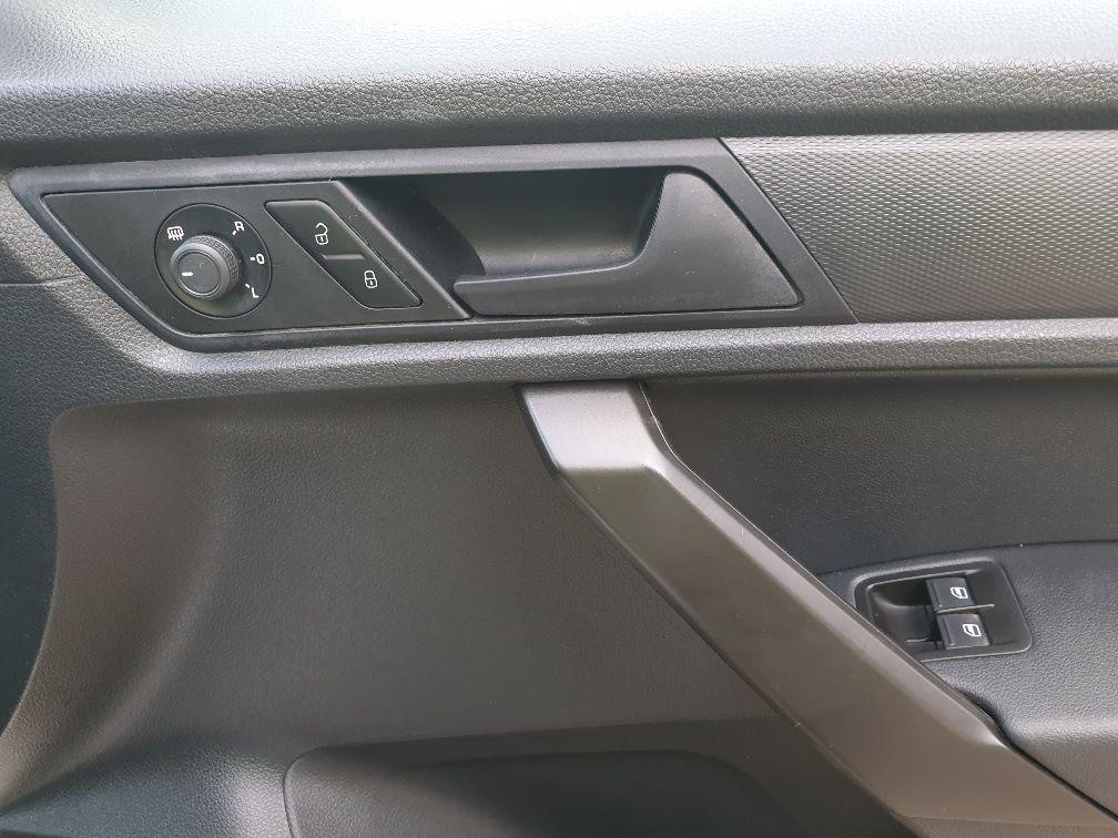 2017 Volkswagen Caddy 2.0 102PS BLUEMOTION TECH 102 STARTLINE EURO 6 (GD17VBX) Image 14