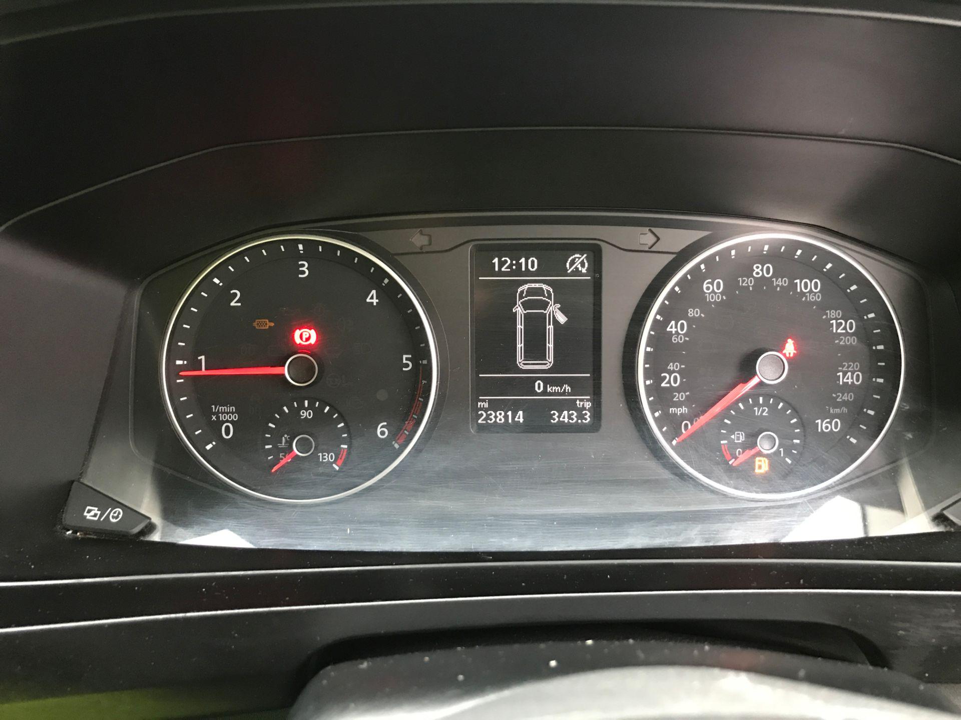 2018 Volkswagen Transporter  T28 T6 SWB 2.0TDI BMT 84PS STARTLINE EURO 6 (GD18CZL) Image 6