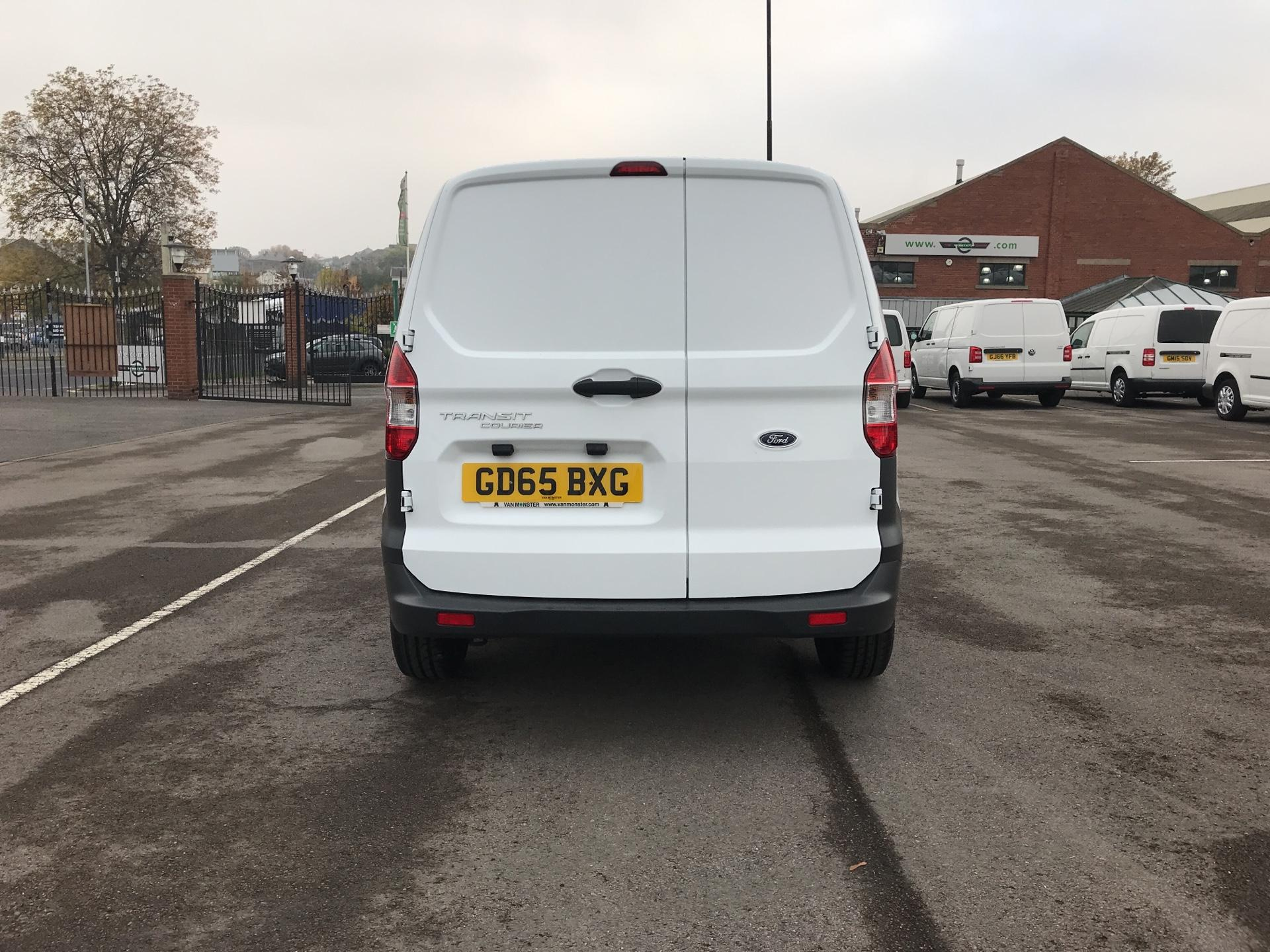 2015 Ford Transit Courier 1.5 Tdci Van Euro 5  (GD65BXG) Image 4