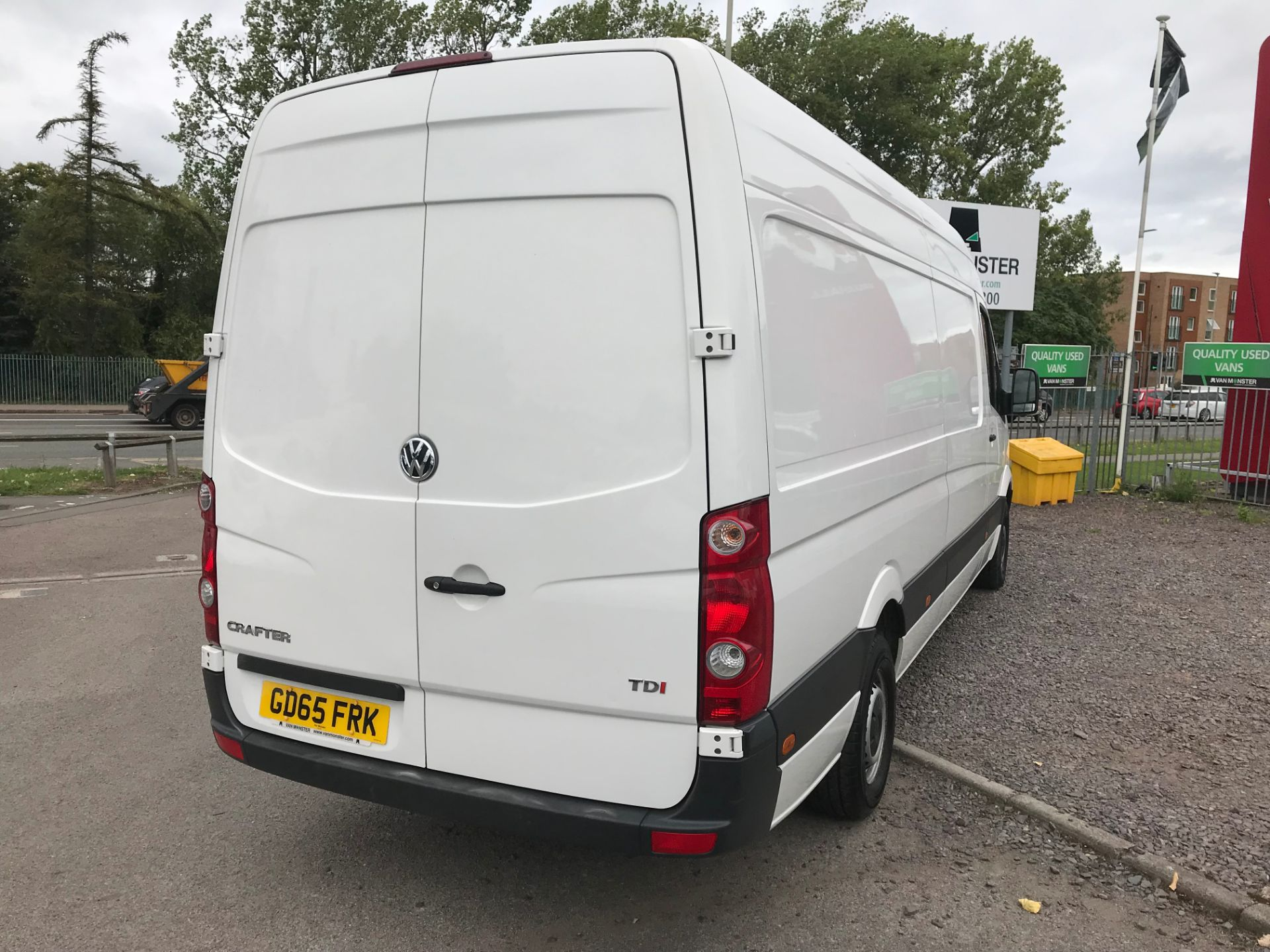 2015 Volkswagen Crafter CR35 LWB 2.0 TDI 136PS HIGH ROOF EURO 5 (GD65FRK) Image 3