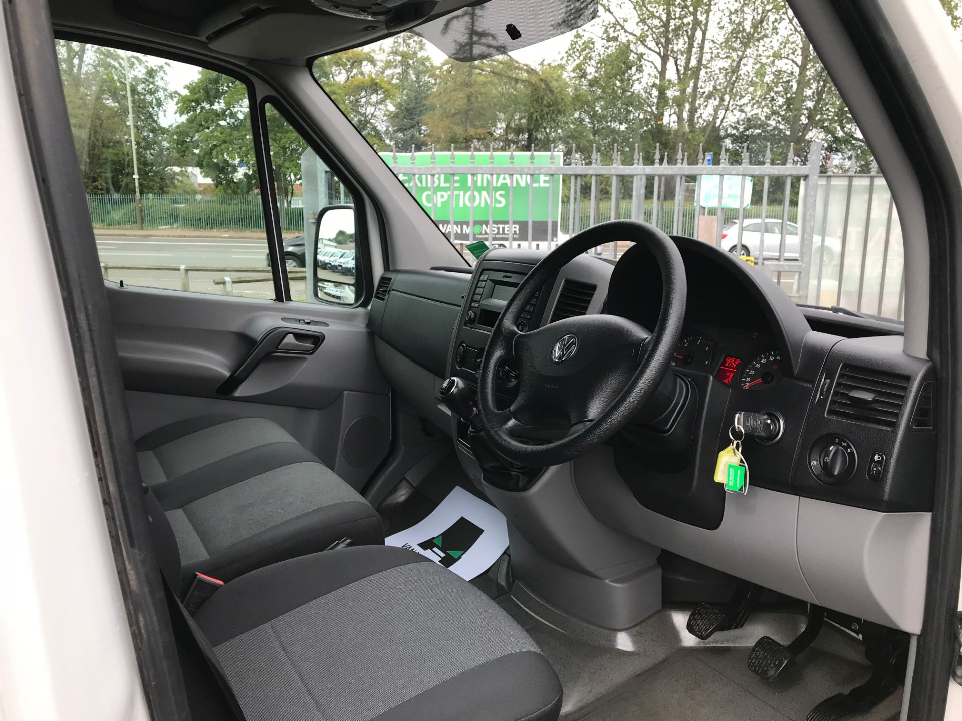 2015 Volkswagen Crafter CR35 LWB 2.0 TDI 136PS HIGH ROOF EURO 5 (GD65FRK) Image 11