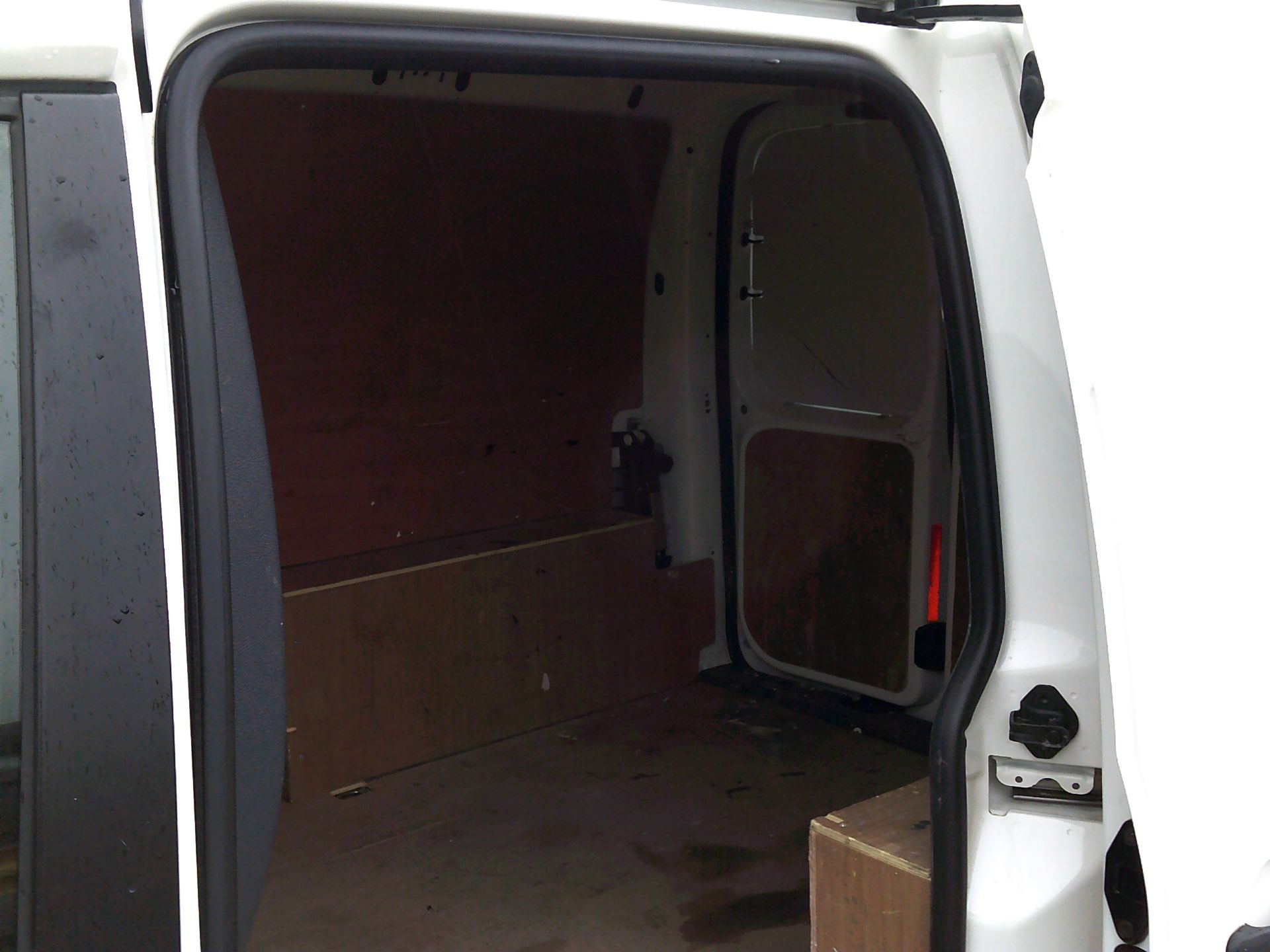 2016 Volkswagen Caddy 1.6 102PS STARTLINE EURO 5 (GD66UAM) Thumbnail 6