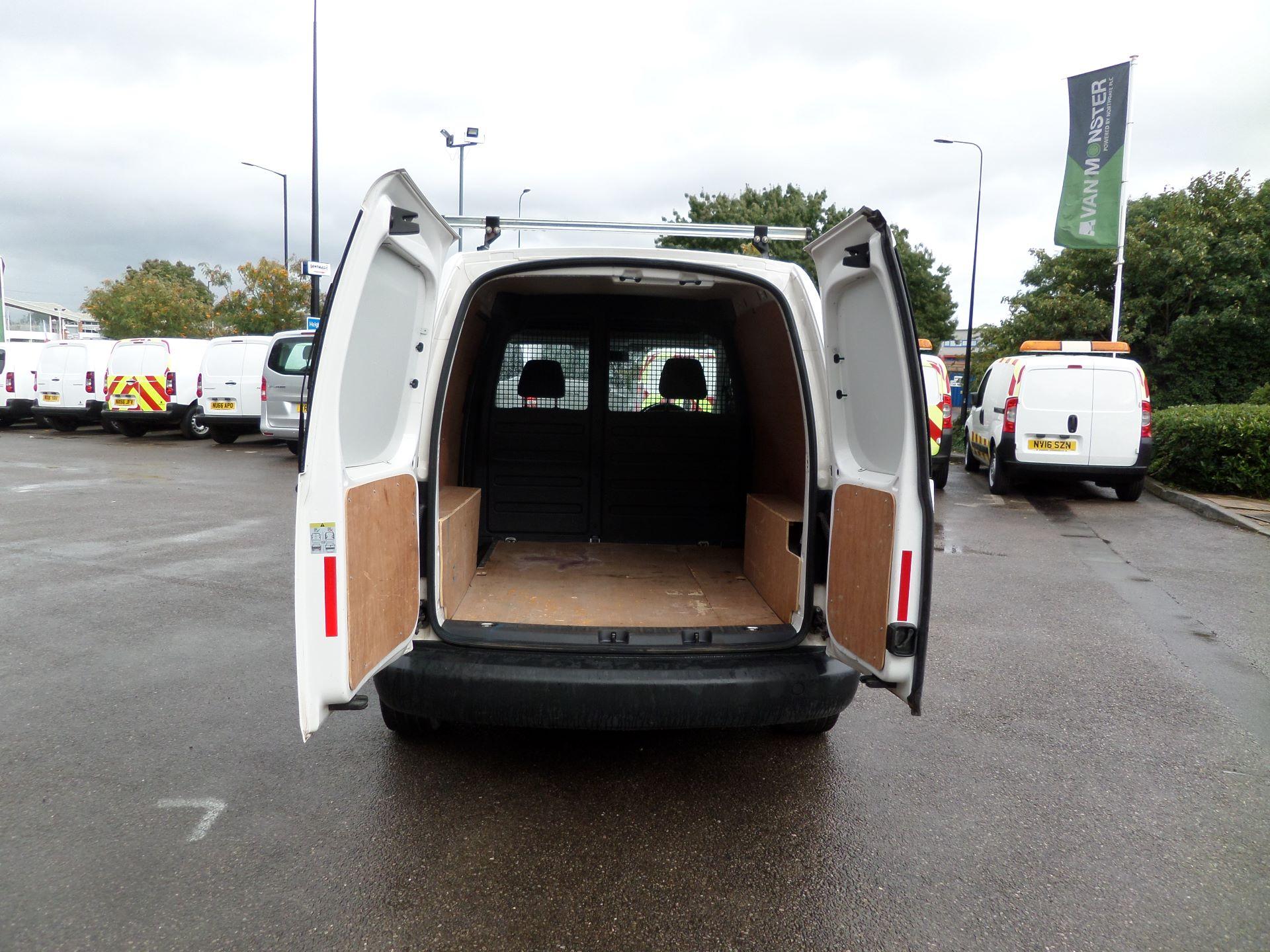 2016 Volkswagen Caddy 1.6 Tdi 102Ps Startline Van (GD66UAT) Image 4