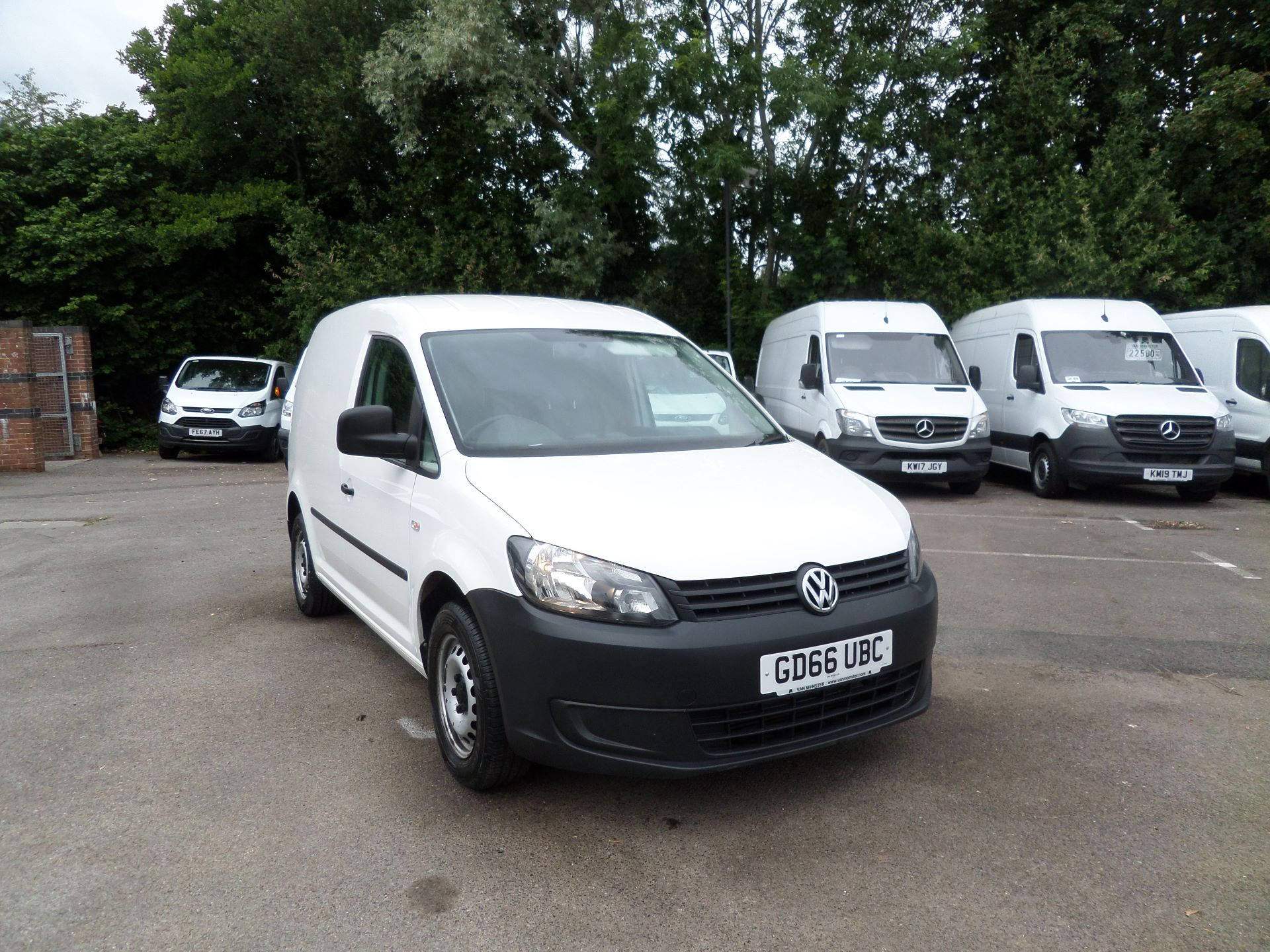 2016 Volkswagen Caddy 1.6 Tdi 102Ps Startline Van (GD66UBC)