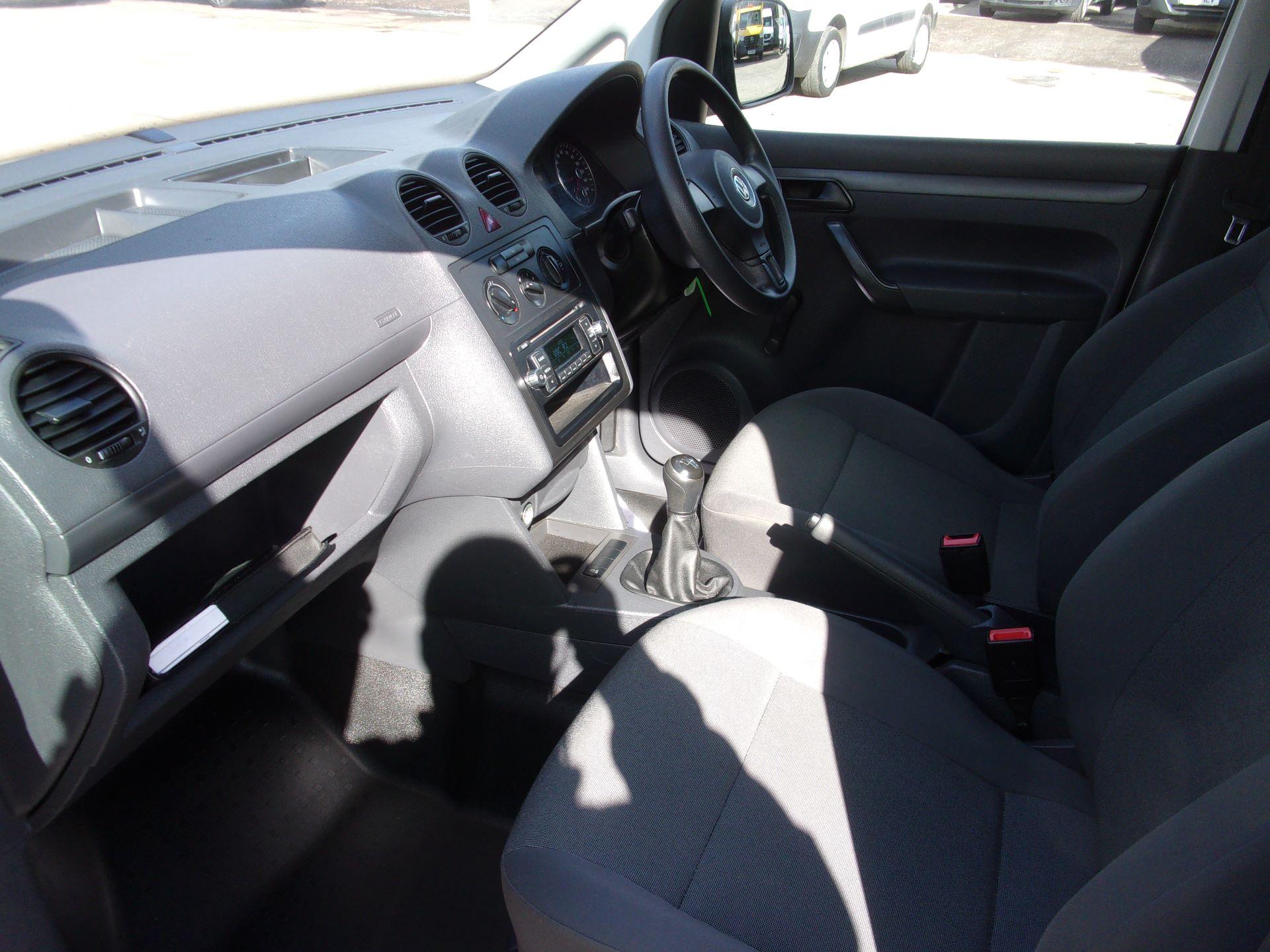 2016 Volkswagen Caddy C20 1.6 TDI 102PS STARTLINE VAN (GD66UBK) Image 13