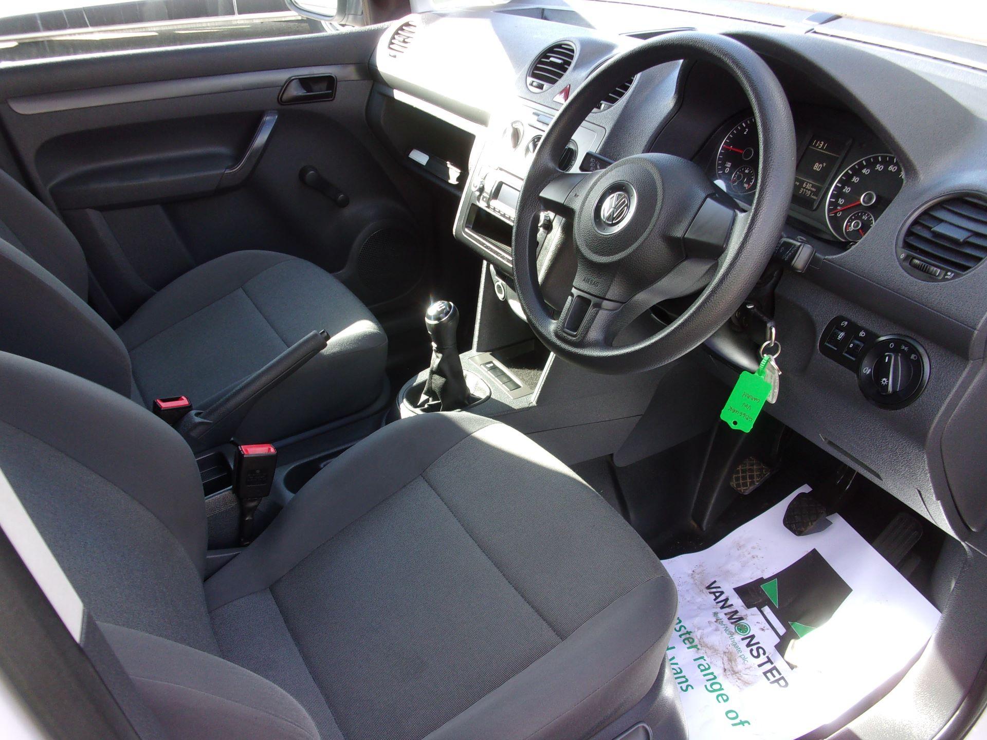 2016 Volkswagen Caddy C20 1.6 TDI 102PS STARTLINE VAN (GD66UBK) Image 2