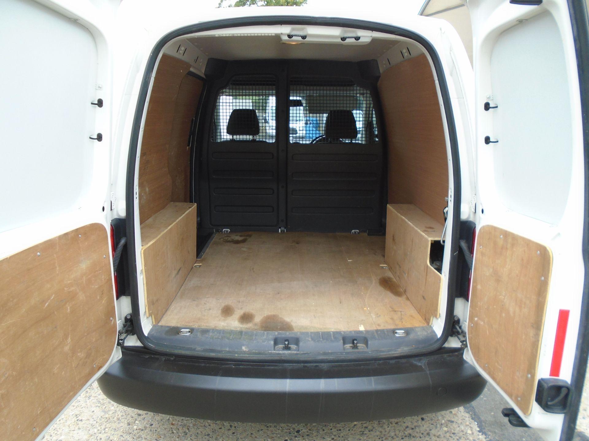 2016 Volkswagen Caddy 1.6 Tdi 102Ps Startline Van (GD66UBZ) Image 38
