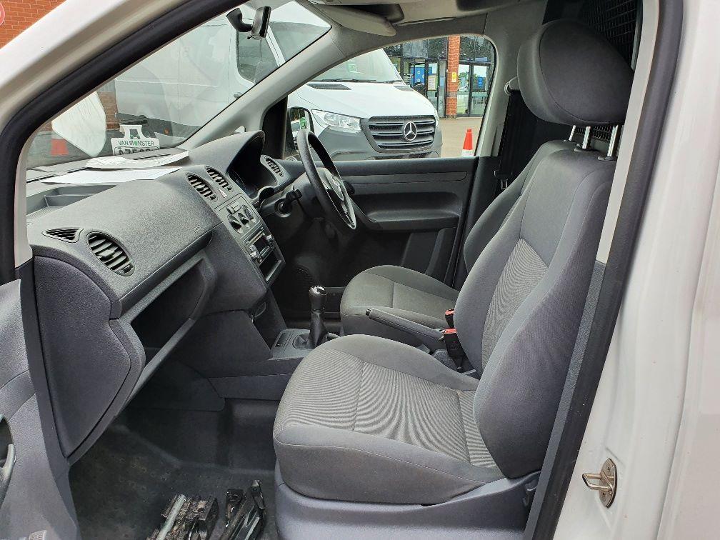 2016 Volkswagen Caddy C20 1.6 Tdi 102Ps Startline Van (GD66UCG) Image 15