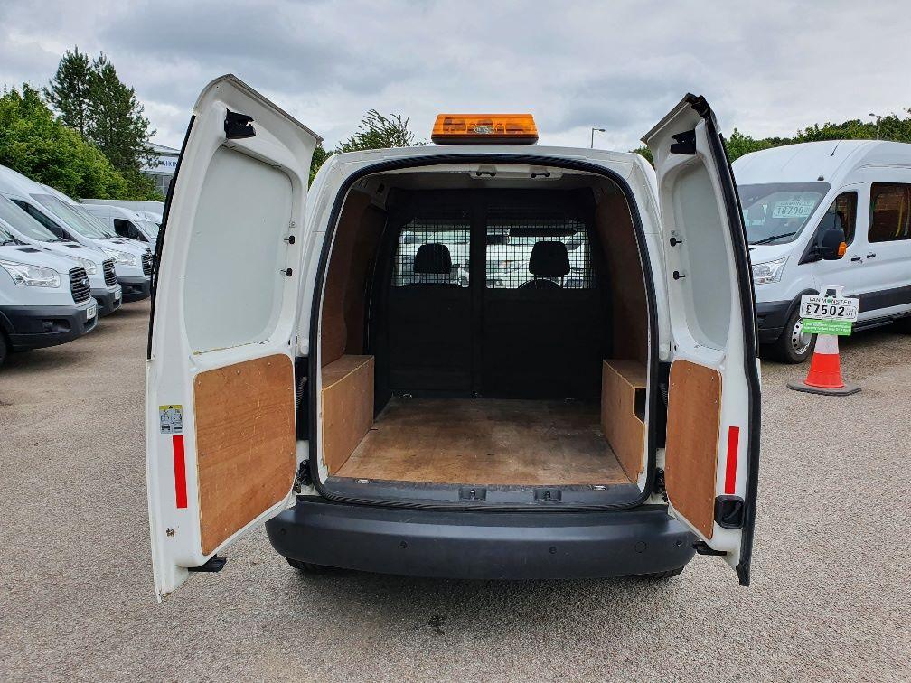 2016 Volkswagen Caddy C20 1.6 Tdi 102Ps Startline Van (GD66UCG) Image 10
