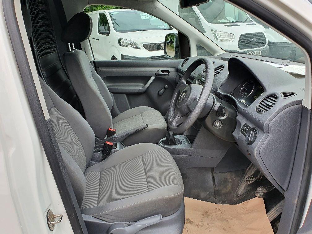 2016 Volkswagen Caddy C20 1.6 Tdi 102Ps Startline Van (GD66UCG) Image 5