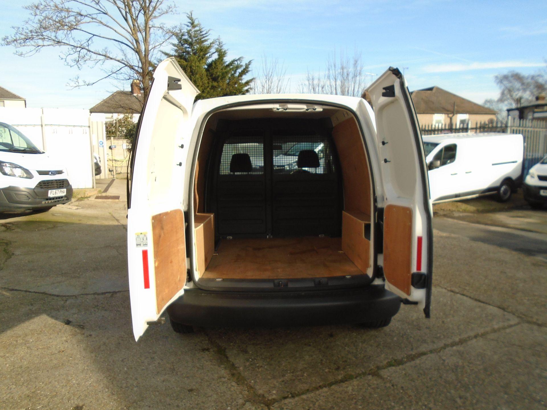 2016 Volkswagen Caddy 1.6 Tdi 102Ps Startline Van (GD66UCM) Image 9