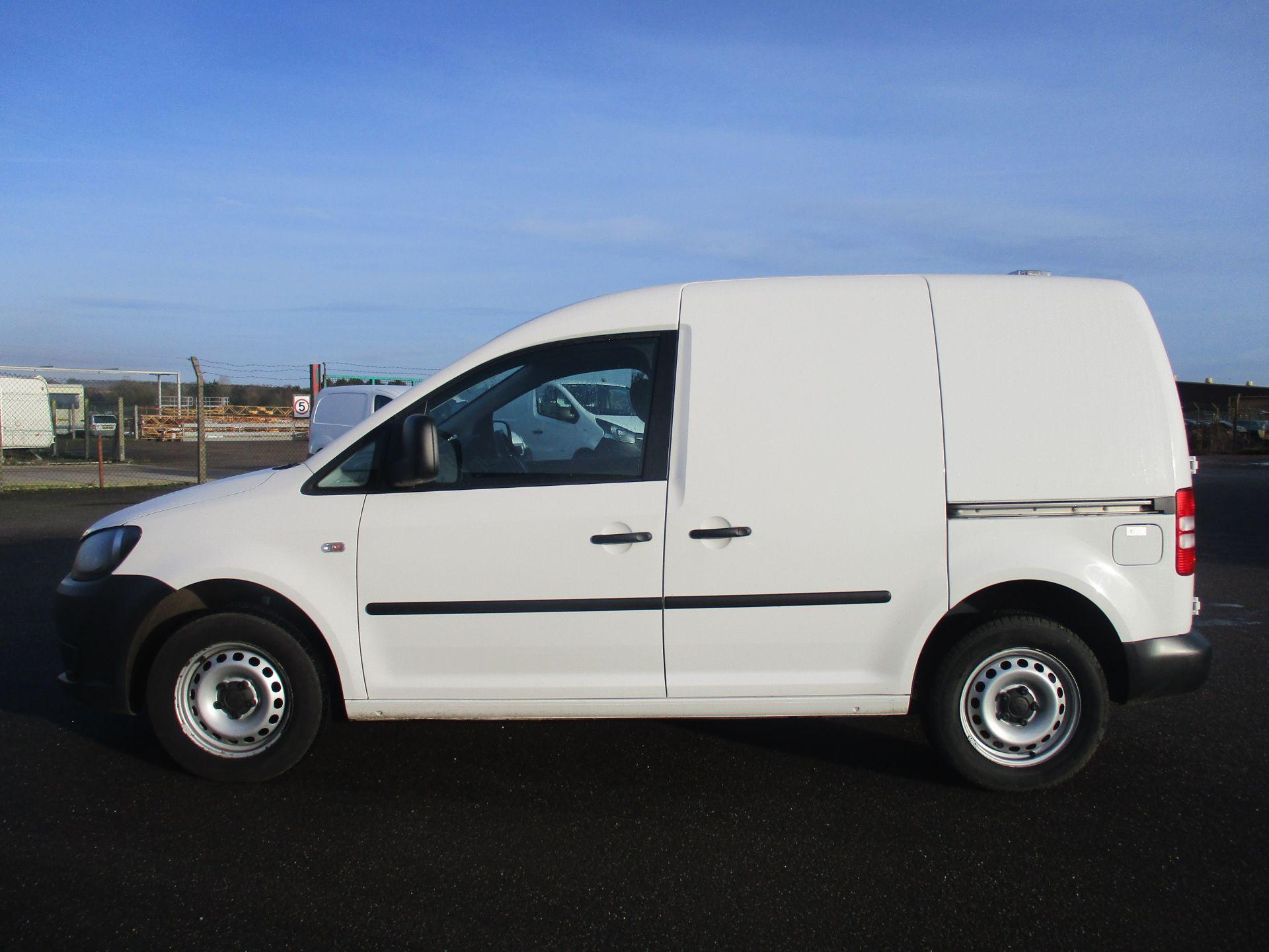 2016 Volkswagen Caddy 1.6 102PS STARTLINE EURO 5 (GD66UCV) Image 8