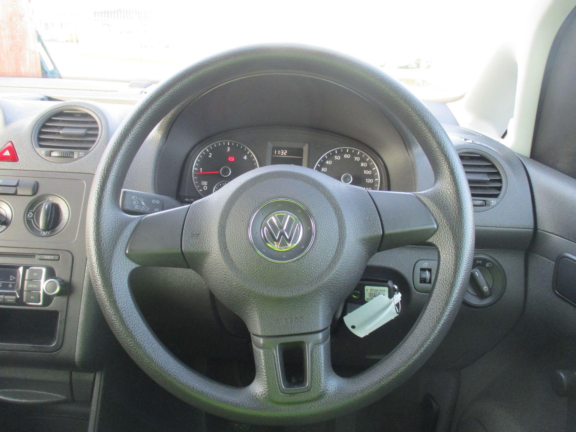 2016 Volkswagen Caddy 1.6 102PS STARTLINE EURO 5 (GD66UCV) Image 16