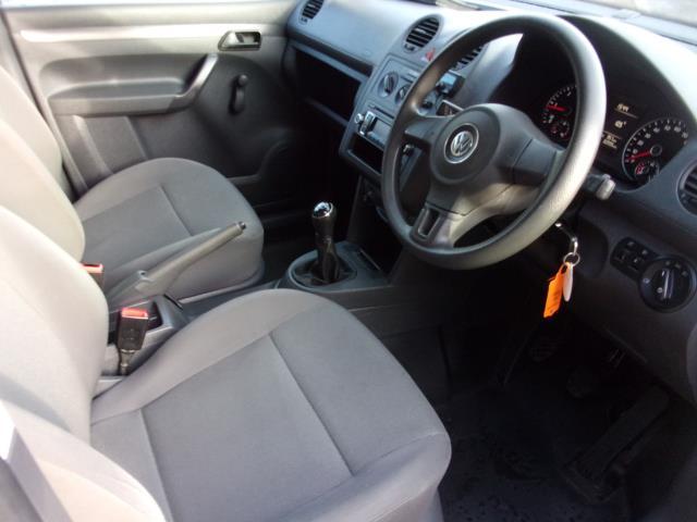 2016 Volkswagen Caddy C20 1.6 TDI 102PS BMT STARTLINE VAN EURO 5 (GD66UDE) Image 2