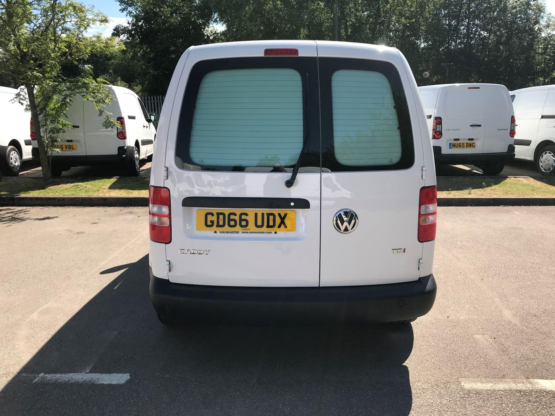 2016 Volkswagen Caddy 1.6 102PS STARTLINE EURO 5 (GD66UDX) Image 9