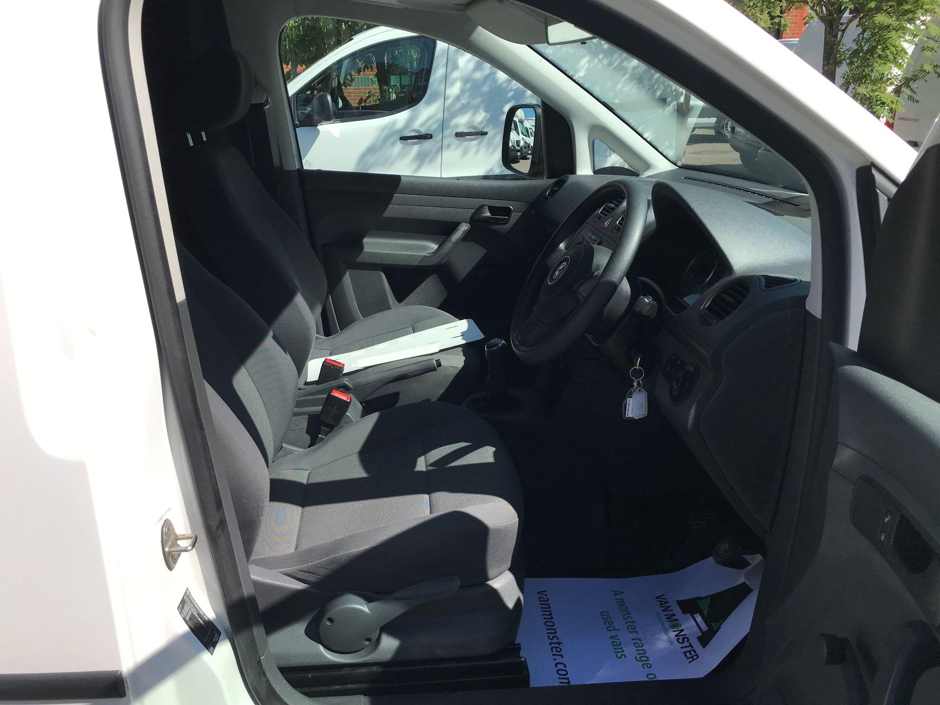 2016 Volkswagen Caddy 1.6 102PS STARTLINE EURO 5 (GD66UDX) Image 2