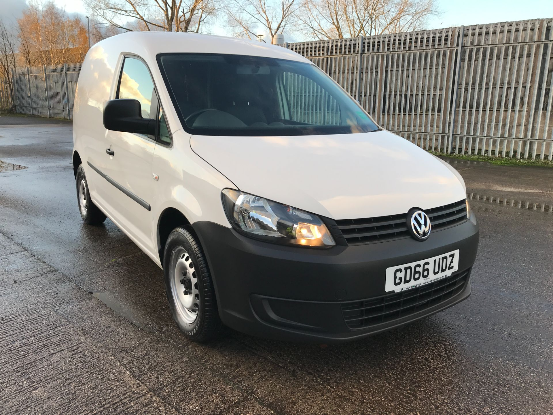 2016 Volkswagen Caddy  2.0TDI BLUEMOTION TECH 102PS STARTLINE EURO 6 (GD66UDZ)