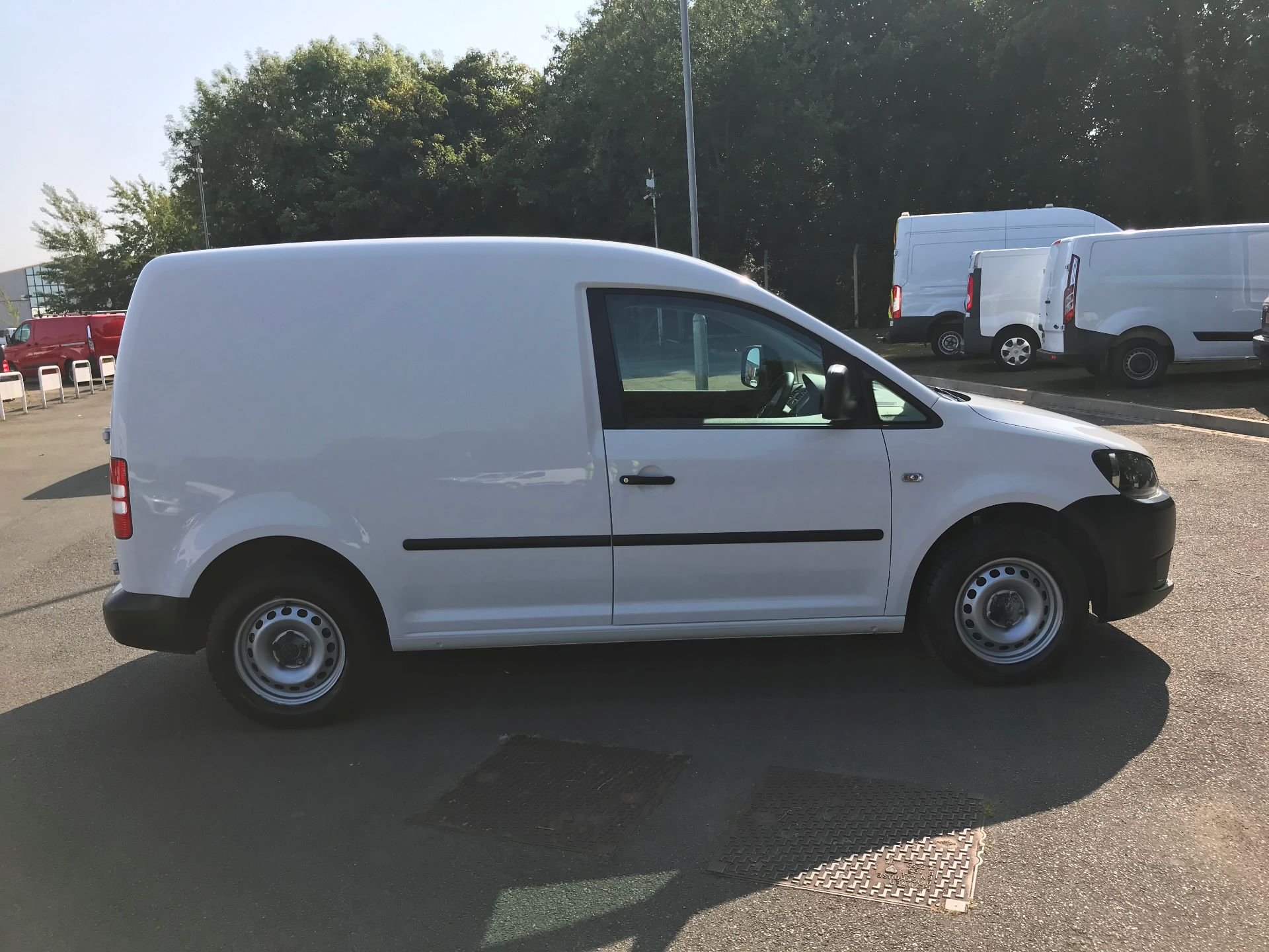 2016 Volkswagen Caddy  1.6 102PS STARTLINE EURO 5 (GD66UEE) Thumbnail 10