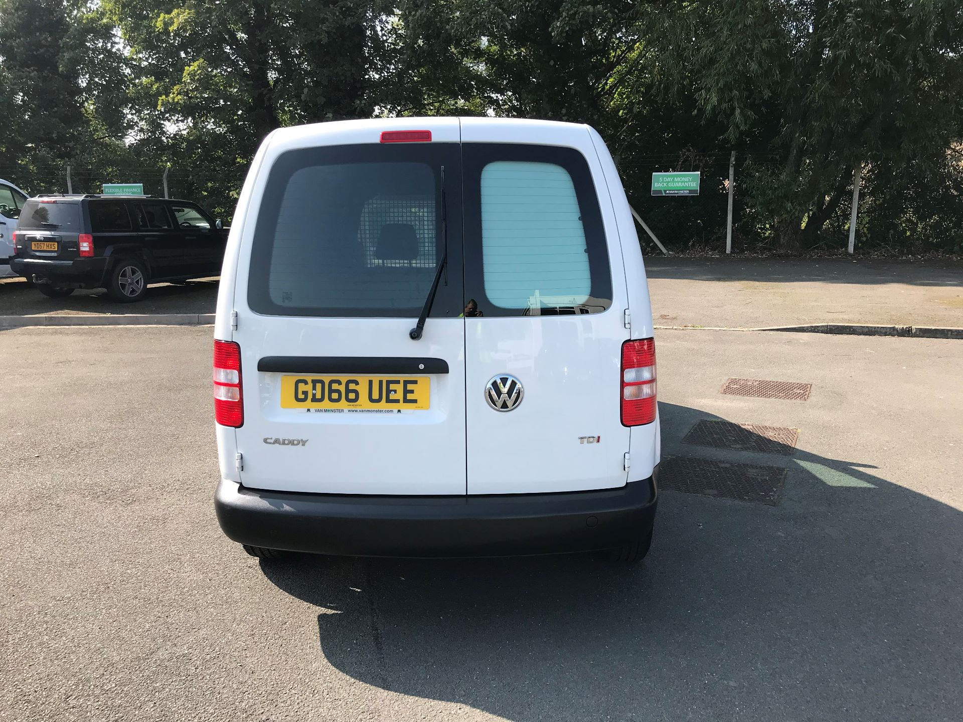 2016 Volkswagen Caddy  1.6 102PS STARTLINE EURO 5 (GD66UEE) Thumbnail 7
