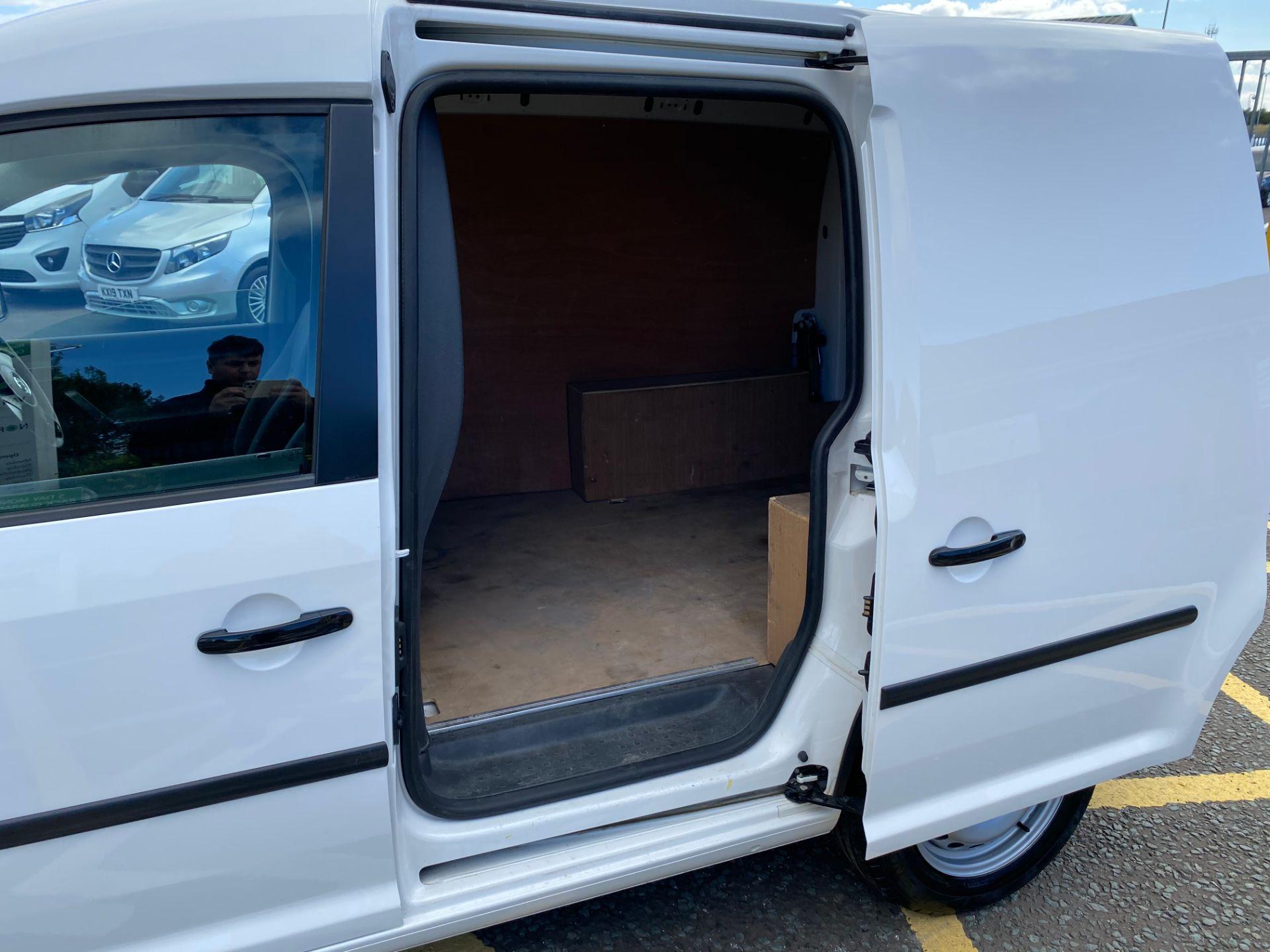 2016 Volkswagen Caddy 1.6 Tdi 102Ps Startline Van (GD66UEP) Image 9