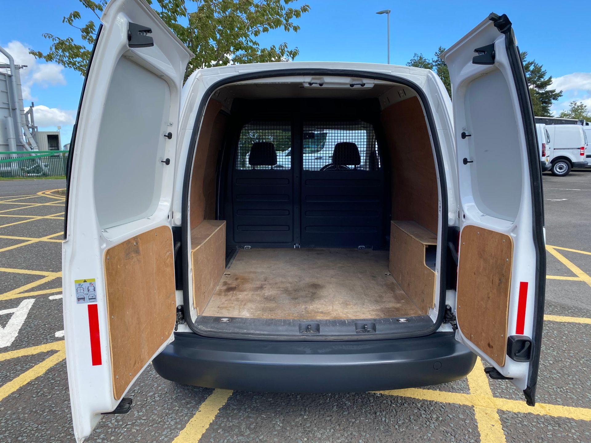 2016 Volkswagen Caddy 1.6 Tdi 102Ps Startline Van (GD66UEP) Image 10