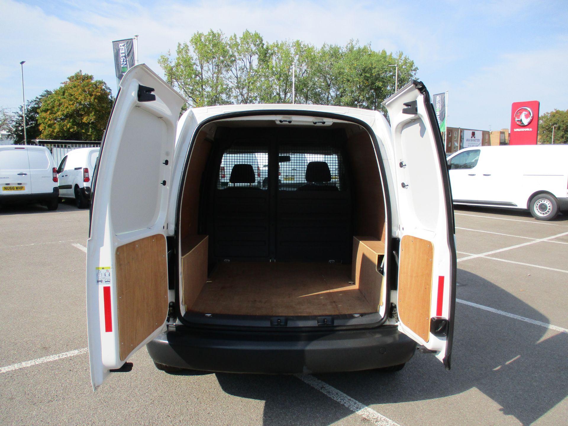 2016 Volkswagen Caddy 1.6 Tdi 102Ps Startline Van (GD66UER) Image 6